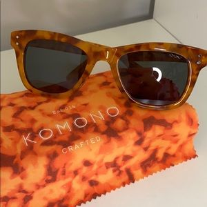 Komono Women's New Allen Caramel Demi Sunglasses